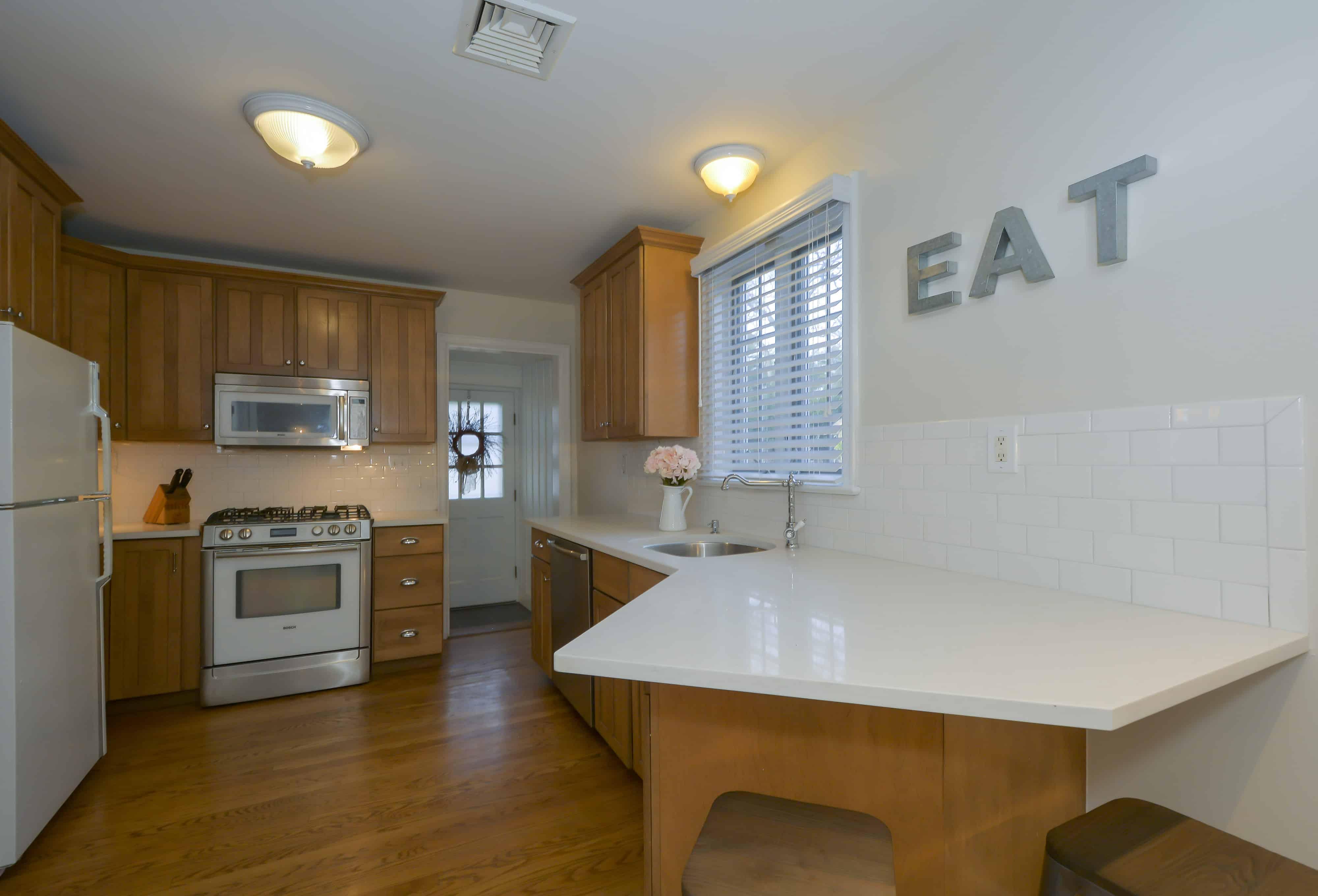 gowb-holiday-kitchen-organizing-kitchen